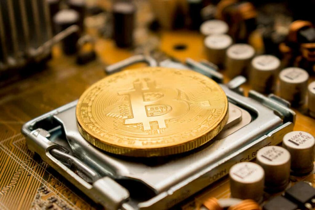 Bitcoin Miners Amass Over $550 Million in Revenue in the Last 30 Days
