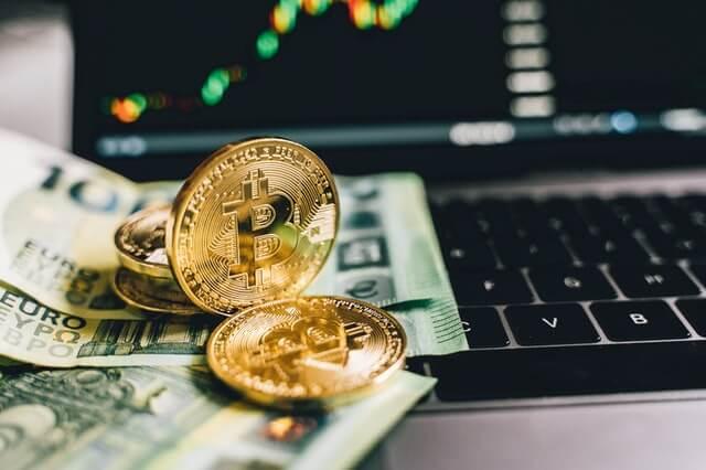 cryptocurrencies op het toetsenbord